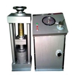 Compression Testing Machine 1500 Kn Electric Operated
